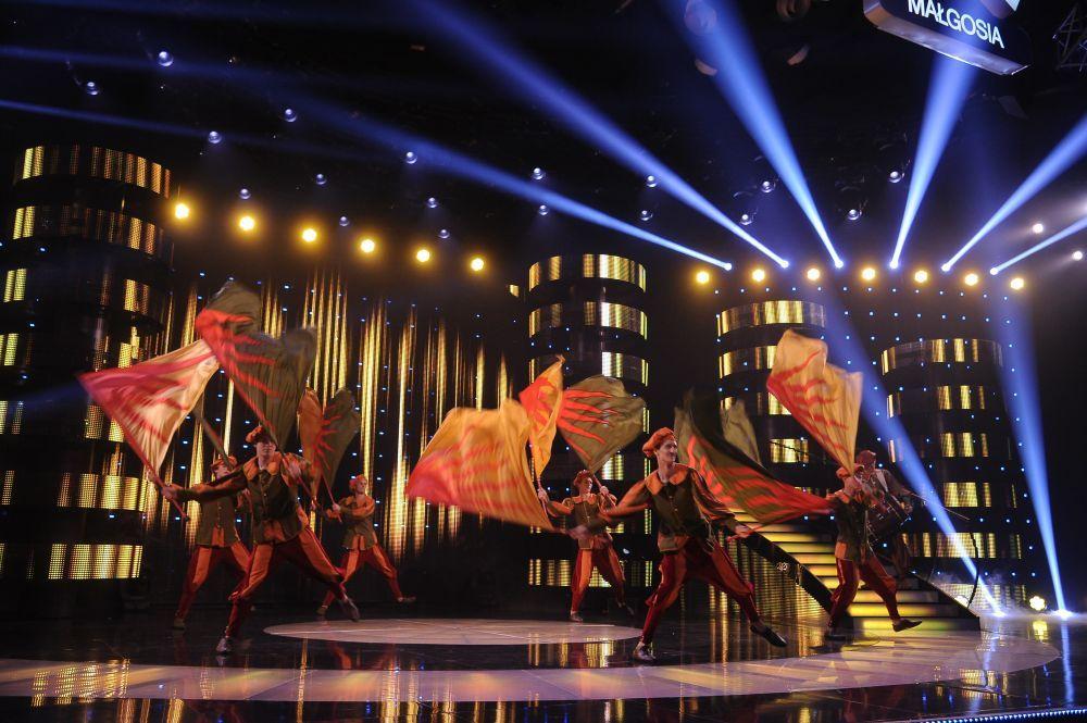 """Gwardia Gryfa podczas 1. odcinka LIVE """"Mam Talent!"""""""